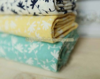 Love of Nature, Pretty Dandelion Flowers Floral, Choose Your Color - US Cotton Fabric (Fat Quarter)