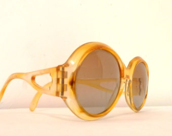 Vtg Jackie O Mod Round Cool Ray Sunglasses in Mellow Yellow / NonRx / Props / Dressup / Fashion  / Nonprescription Eyeglass Frames on SALE