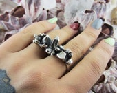 Double Finger Quartz Ring in Silver