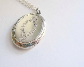 Victorian locket necklace Pretty silver locket Plain silver plate Engraved locket Victorian style locket Large locket Sterling silver chain