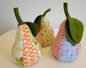 Pear Pincushion - Pezzy