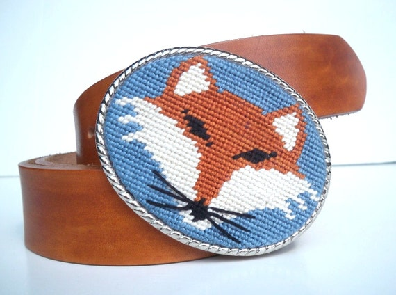 NEW  Needlepoint Sly Fox Belt Buckle