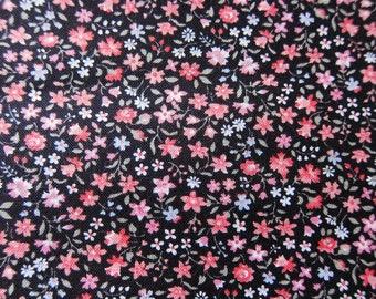BLACK floral DITSY quilt coton REMNANT