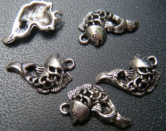 Fish Charm Silver 20 pcs AC881-NF CLEARANCE