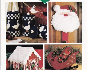 LEISURE ARTS Plastic Canvas Corner Pattern Magazine Christmas Issue