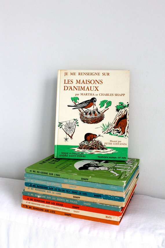 RESERVED FOR SUSAN - 70s French children's book - Je me renseigne sur les maisons d'animaux (animal's homes)
