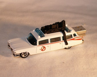 16GB  Ghostbuster ECTO-1  Flash Drive