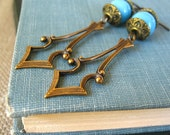 Mesa - Turquoise glass brass arrow earrings - Elysia