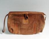 suede clutch / 70s clutch / 1970s clutch purse / orange suede clutch / orange leather purse / vintage clutch