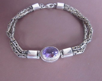 Balinese Chain sterling Silver Bracelet with light violet amethyst / Silver 925 / Bali handmade jewelry.