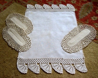 RUNNER Table Dresser Scarf PURE LINEN Very Vintage Crocheted Lace Trim & Doilies