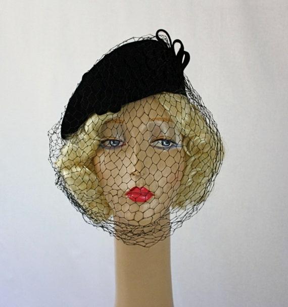 Vintage 30s Hat Black Felt Side Topper Hat w Net Veil & Felt Flowers