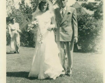 Wedding Day 1940s Bride Long Sleeve White Wedding Gown Dress Veil Post War Photo Photograph