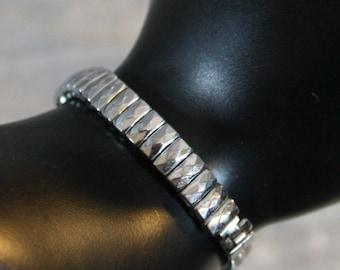 Vintage Diamond Shaped Spring Link Bracelet