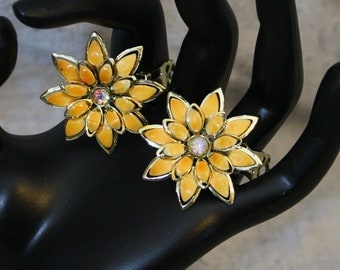 Vintage Yellow Enameled Flower with Borealis Rhinestone Earrings