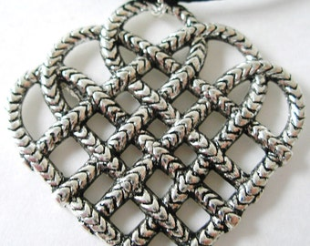 Silver Celtic Endless HEART Knot Necklace
