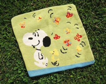 Vintage Snoopy pillow cover - hand embroidered