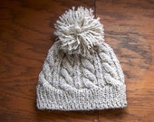 Cable Knit Hat with Pom Pom - Oatmeal - Children - Size 2 to 8 years - Boy - Girl