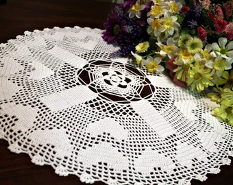 Darling heart doily