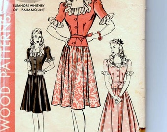 Vintage Sewing Pattern, Hollywood Patterns,  Dress Size 12