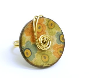Wire Wrapped  Button Ring - Coconut  shell button