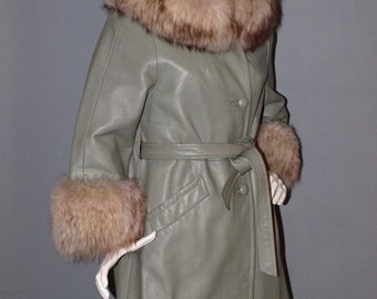 Vintage 60s 70s Sage Green Fox Fur Wedding Ring Collar Leather Princess Coat S