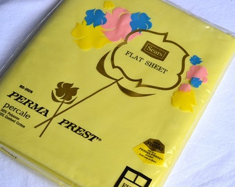 Vintage Bed Sheet - Solid Yellow - Full Flat NOS