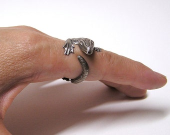 Komodo Dragon Ring in Sterling Silver .925, dragon body wrap around finger