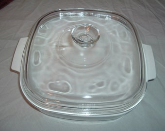 VINTAGE  large CORNING WARE casserole dish
