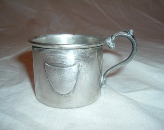 Vintage empire sterling  silver plain baby . Cup  number 640