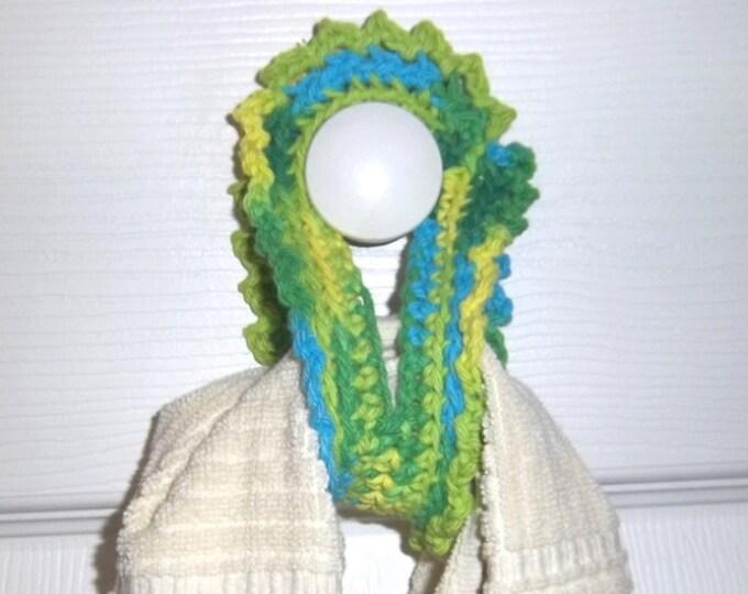 Towel Tender - Crocheted Towel Holder Made of Cotton Yarn