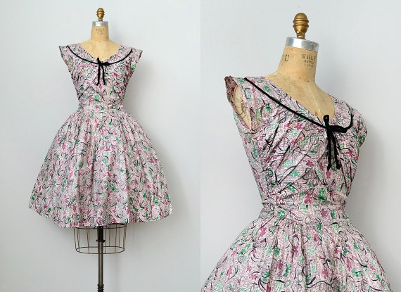 vintage 1950s printed day dress with velvet trim