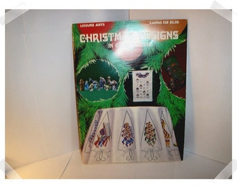 Christmas Designs in Cross Stitch Booklet/1978*