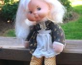 1975 Sunshine Family Mama Beans, Mattel beanie doll, 10 inch