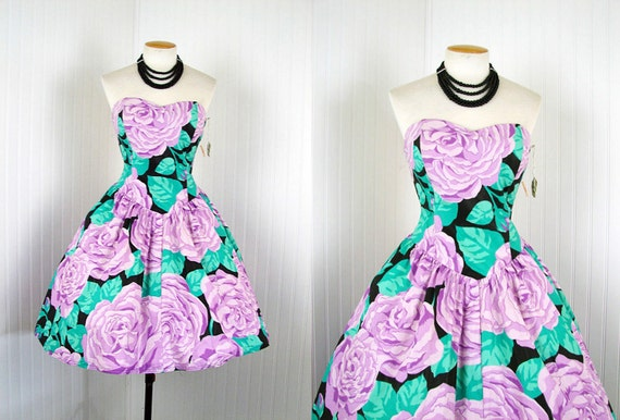 R E S E R V E D 1980s 1950s Dress - Vintage 80s Black Lavender Roses Rockabilly Full Skirt Cotton Strapless Smocked Sundress S - Felicitous