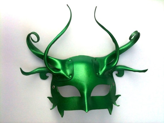 Absinthe Leather Mask