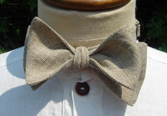 Variations Brown Linen Butterfly Adjustable Bow Tie
