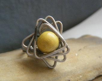 Spirograph Mod Ring Yellow Wood Bead Size 8