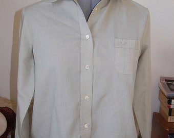 Sage Green 50s 60s button down shirt S M