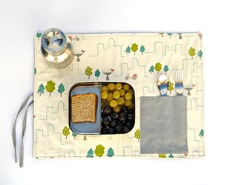Snack placemat, eco  friendly child, beige placemat with cutlery pocket for lunchbox.