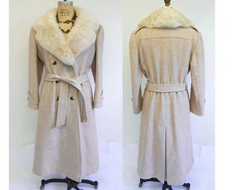 Womens Vintage 1970'S  Mod Trench Coat With Rabbit   Fur Collar  Medium  Large Oatmeal Tan Heather Chevron Tweed Wool