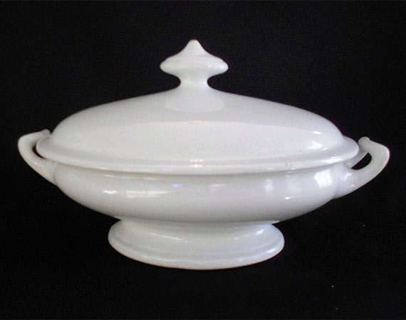 Vintage Creamy White Ironstone Soup Tureen Footed Covered Bowl