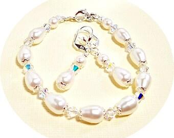 Ivory Bridal Jewelry, Pearl Bracelet and Earrings,  Pear Shape Pearls, Wedding Jewelry, Mother of the Bride,  Pearl Jewelry, Drop Earrings