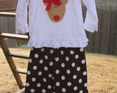 Boutique Christmas Reindeer  Applique Ruffle Pants Set with matching BOW...size 3T...ready to ship