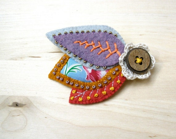 Woodland Brooch - Festive Embroidered Felt Pin with Applique and Felt Leaves
