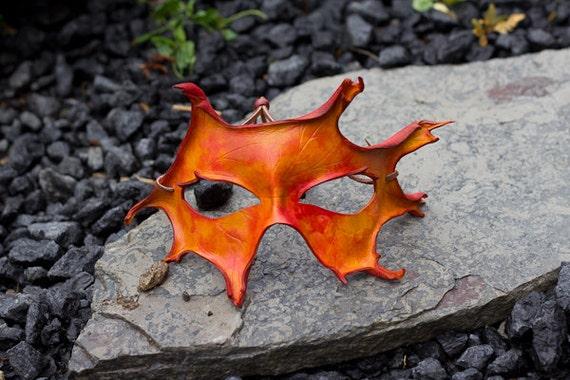 Autumn Leather Mask - Oak Leaf