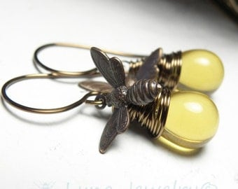 Honey Bee Dangle Earrings, Honey Bee Jewelry, Honey Bee Earrings, Charm Earrings, Dangle Earrings, Bee, Bumble Bee Earrings