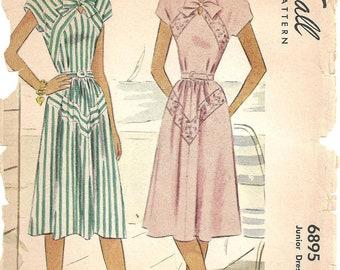 McCall Dress Pattern 6895 sz 17 1947 RARE Original