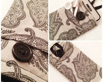 Gray W/ Black Paisley iPhone/iPod Sleeve