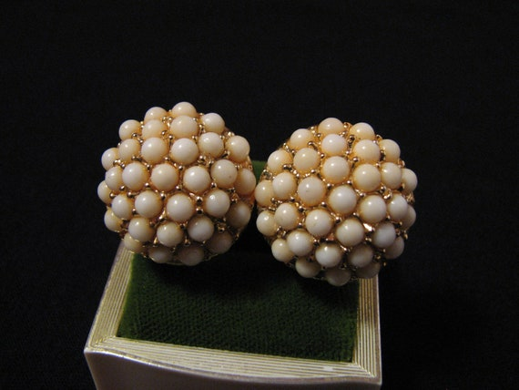 Vintage Coro Gold Tone and White Beaded Puffy Round Clip Earrings